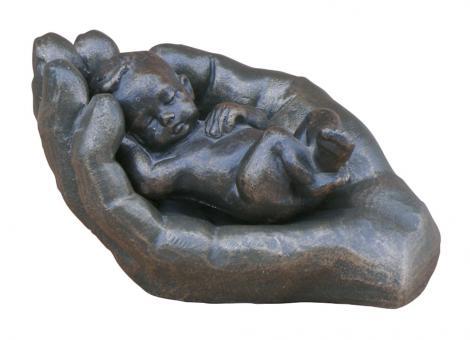 Skulptur - In seiner Hand, bronze, Länge 9 cm